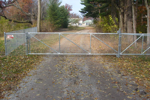 bedford fence commerical gates